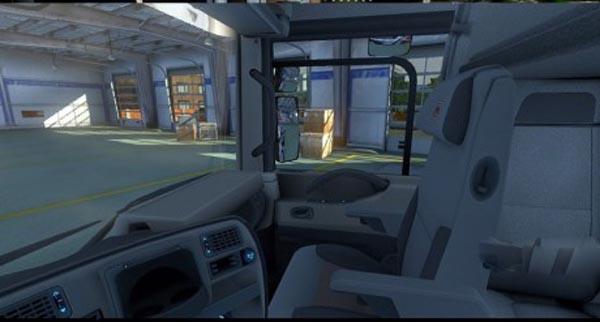 Renault Magnum darker interior