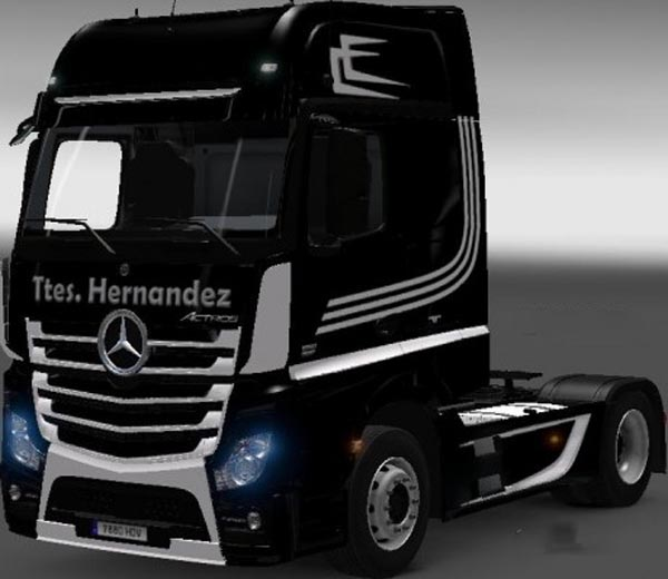 Mercedes Actros MP4 Black White Skin
