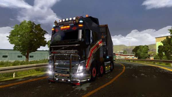 Volvo FH12 black