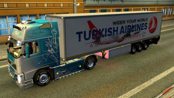 Lamberet Turkish Airlines trailer
