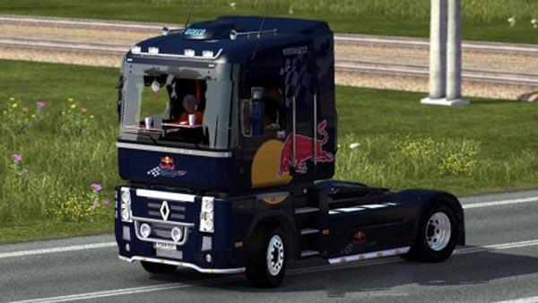 Renault Magnum Red Bull Skin