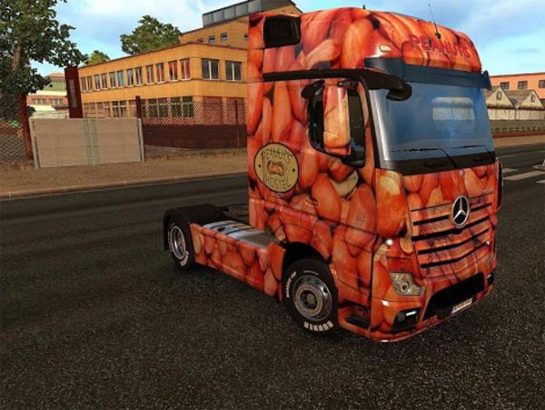 Peanuts skin for Mercedes MP4
