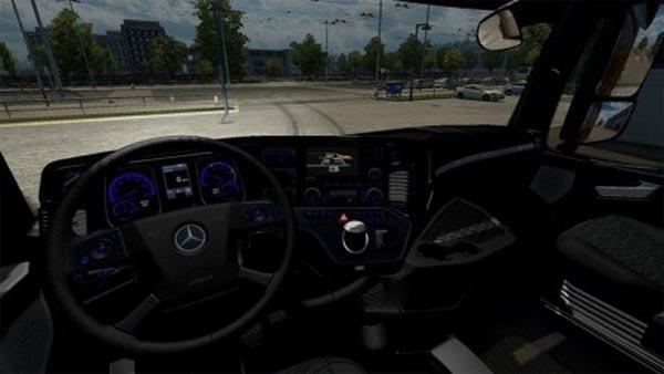 Mercedes Actros 2014 Black-Blue Interior