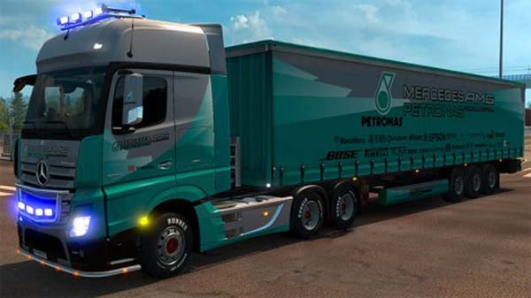 Mercedes Actros MP4 Petronas F1 Combo Pack