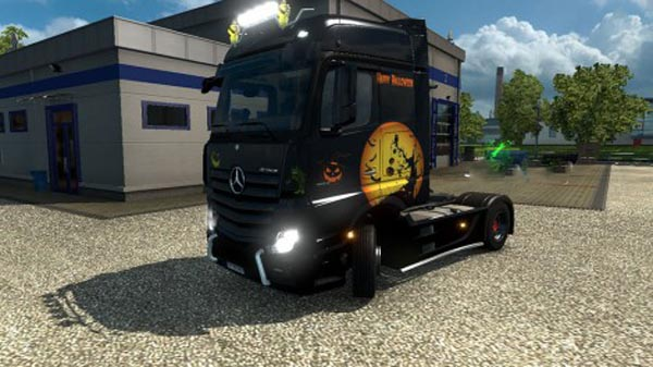 Mercedes Benz Actros MP4 Halloween Skin