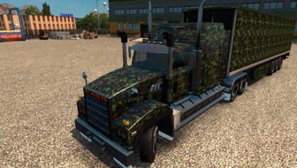 Army Camo skin for Mack Titan v8