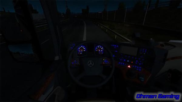 Mercedes-Benz MP4 Blue Dashboard