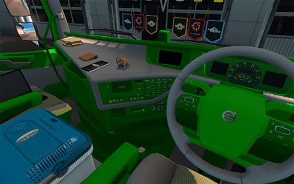 Volvo fh geen and white interior