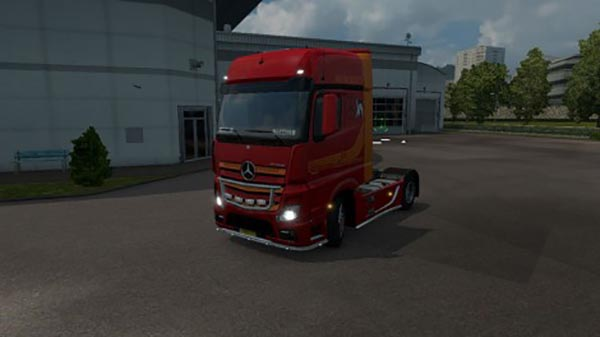 Mercedes Actros MP4 2014 Red Orange Dragon Skin