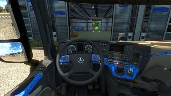 Mercedes Actros 2014 blue