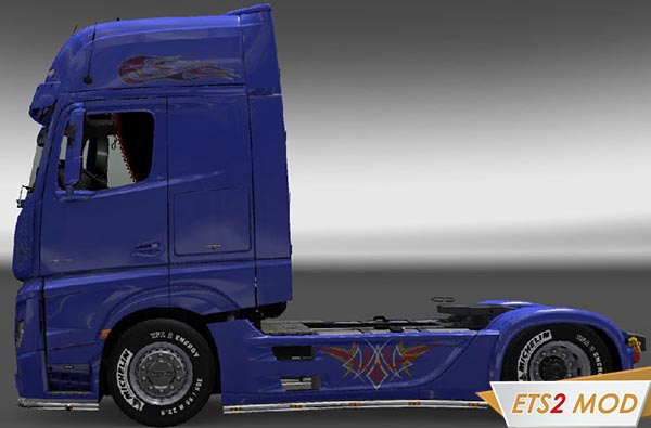 Mercedes Actros MP4 Tribal Star Skin