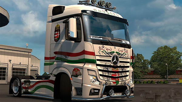 Mercedes MP4 Hungary Skin