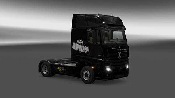 Mercedes Actros MP4 2014 F1 Skin